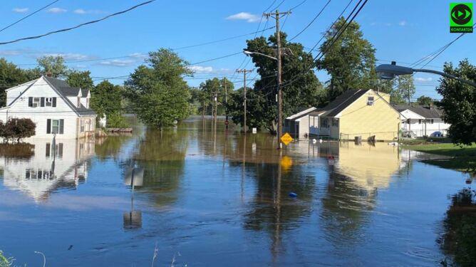 Relacja Polki z powodzi w New Jersey: znajoma z trójką malutkich dzieci przez okno wsiadała do pontonu