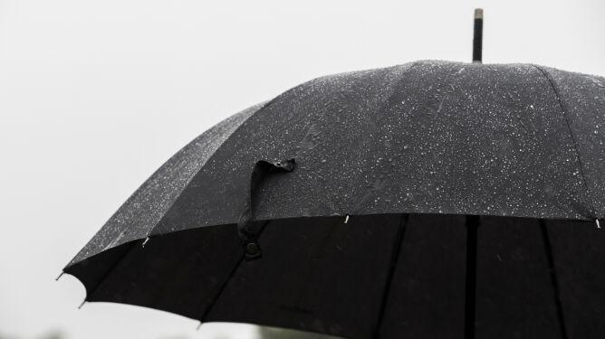 Pogoda na dziś: przelotne opady deszczu, lokalnie zagrzmi